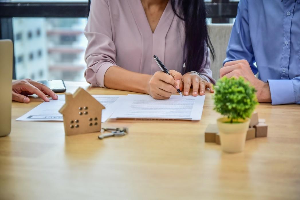 Imobiliária vs Construtora: Qual tem mais vantagens para você comprar sua casa nova?